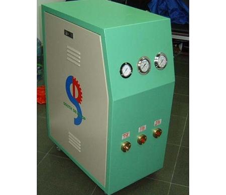 气动高压增压机